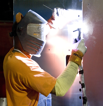 Advanced-Metal-Components_Welding